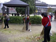 中京区竹間公園にてクリーンキャンペーン